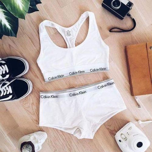 Venta de liquidación 2019 comprar baratas forma elegante Conjunto Calvin Klein Y Bikini Victoria´s Secret S/.100 SZmdM - Precio D  Perú