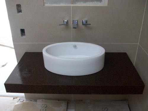 Tableros de cuarzo granito marmol silestone porcelanatto for Marmol granito o silestone