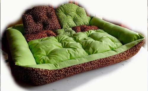 Hermosos tapetes camas y sofas para perros modelos for Modelos y precios de sofas cama