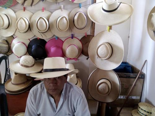 Sombreros De Paja Tejido A Mano Lima. Precio  S . 120 Ver en MercadoLibre 547fc984e62