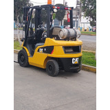 Montacargas Caterpillar 2.5 Tn Año 2013 Y Apilador Nissan