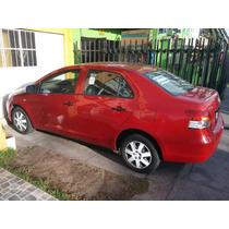 Toyota Yaris 2010 -2011 10000 Dolares