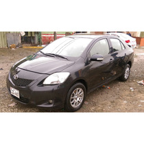 Toyota Yaris Semi Full 2011