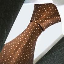 Hermosa Corbata De Seda Marron Con Puntos Blancos, M-310