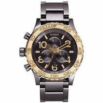 Reloj Nixon A037-1228 The Chrono 42-20 Negro Y Dorado Nuevo