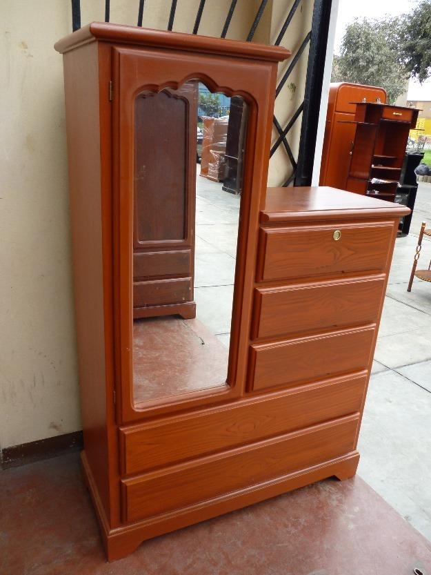 Ropero comoda con espejo s 375 00 en mercadolibre for Roperos para dormitorios en lima