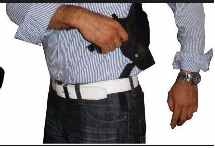 Sobaqueras De Cuero Y De Lona Para Pistolas Y Revolveres
